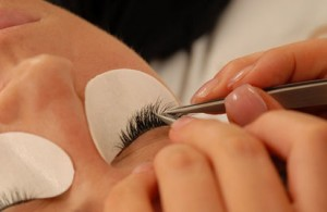 eyelash-extensions2L_A2